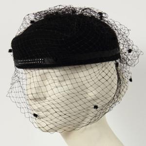 Cappellino Vintage in panno nero