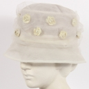 Cappellino Vintage in tulle bianco